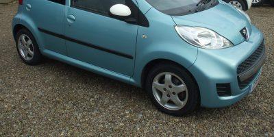 Peugeot 107 2011 (11 reg) 1.0 12v Sportium Special Edition 5dr