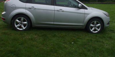 Ford Focus 2009 (59 reg) 1.6 Zetec 5dr